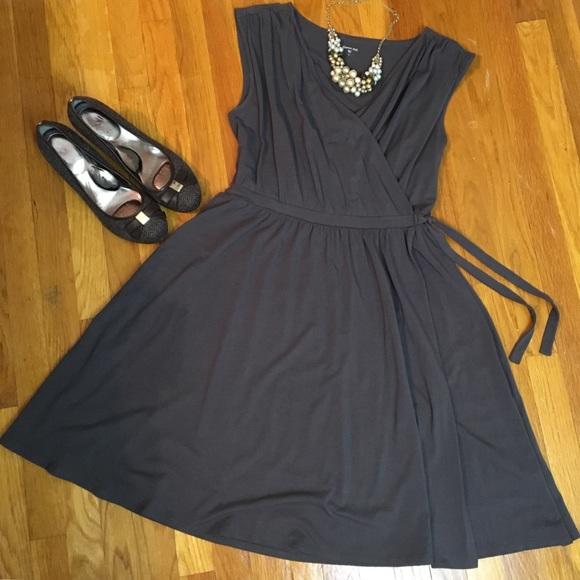 0bc7e800bb Garnet Hill Dresses & Skirts - Garnet Hill Gathered Wrap Dress